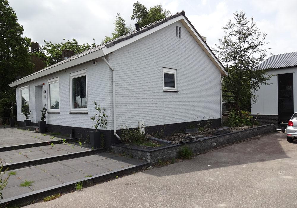 Foto bestaande woning voorzijde