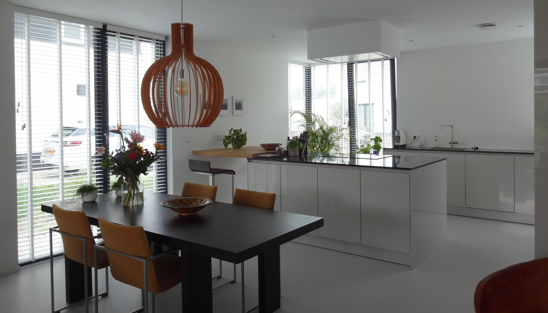 Interieur woonkamer eethoek keuken